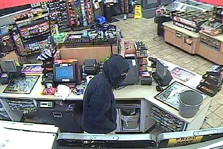 Police looking for two suspects in the robbery of the Speedway on South Linden Road. (Pictured from Flint Twp. Police)<p></p>