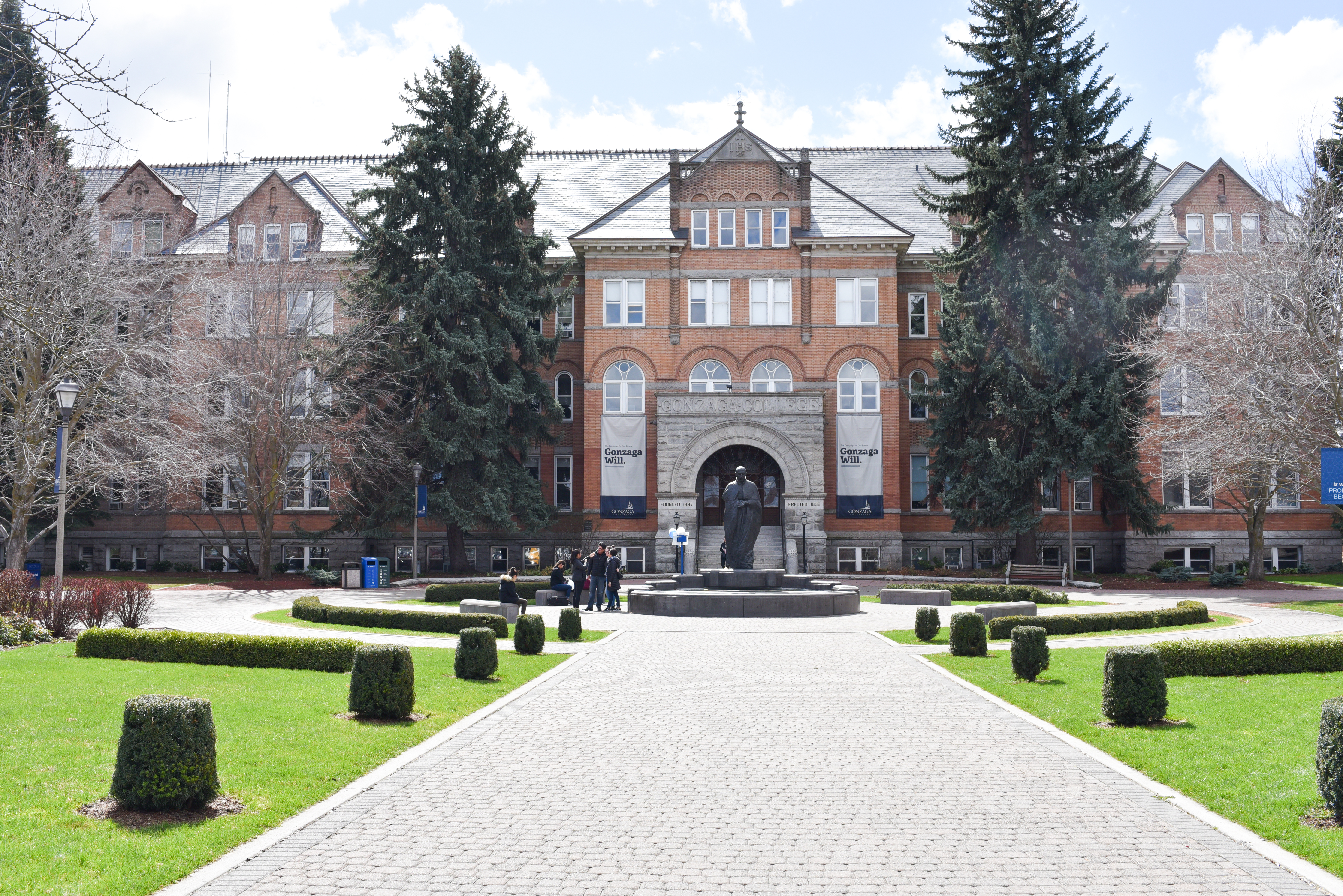 Started in 1881, Gonzaga University was founded by Father Joseph Cataldo, S.J. on 320 acres near Spokane Falls. (Image: Rebecca Mongrain/Seattle Refined)