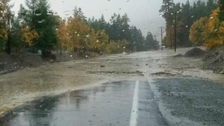 Landslide shuts down road in Chelan at Slide Ridge. (Photo: Susie Moore)<p></p>