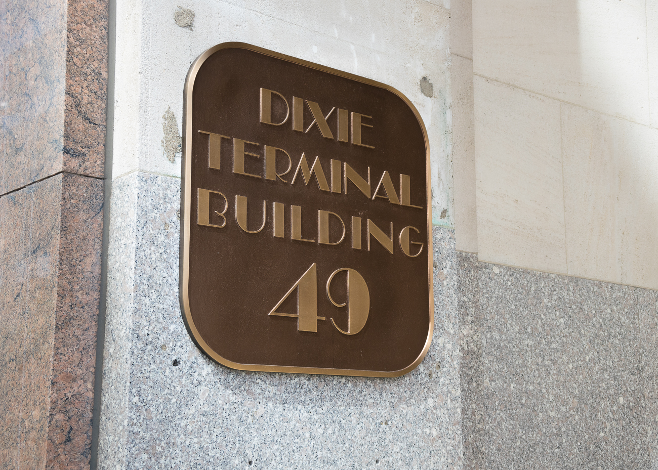 Nearly 100 years ago, the ornate Dixie Terminal Building was constructed at 4th and Walnut Streets in Downtown Cincinnati. Designed by the firm of Garber & Woodward, the 10-story building was originally designed to receive streetcars, and later busses in the 1950s when streetcar service was halted. ADDRESS: 49 East 4th Street (45202) / Image: Phil Armstrong, Cincinnati Refined // Published: 10.3.18