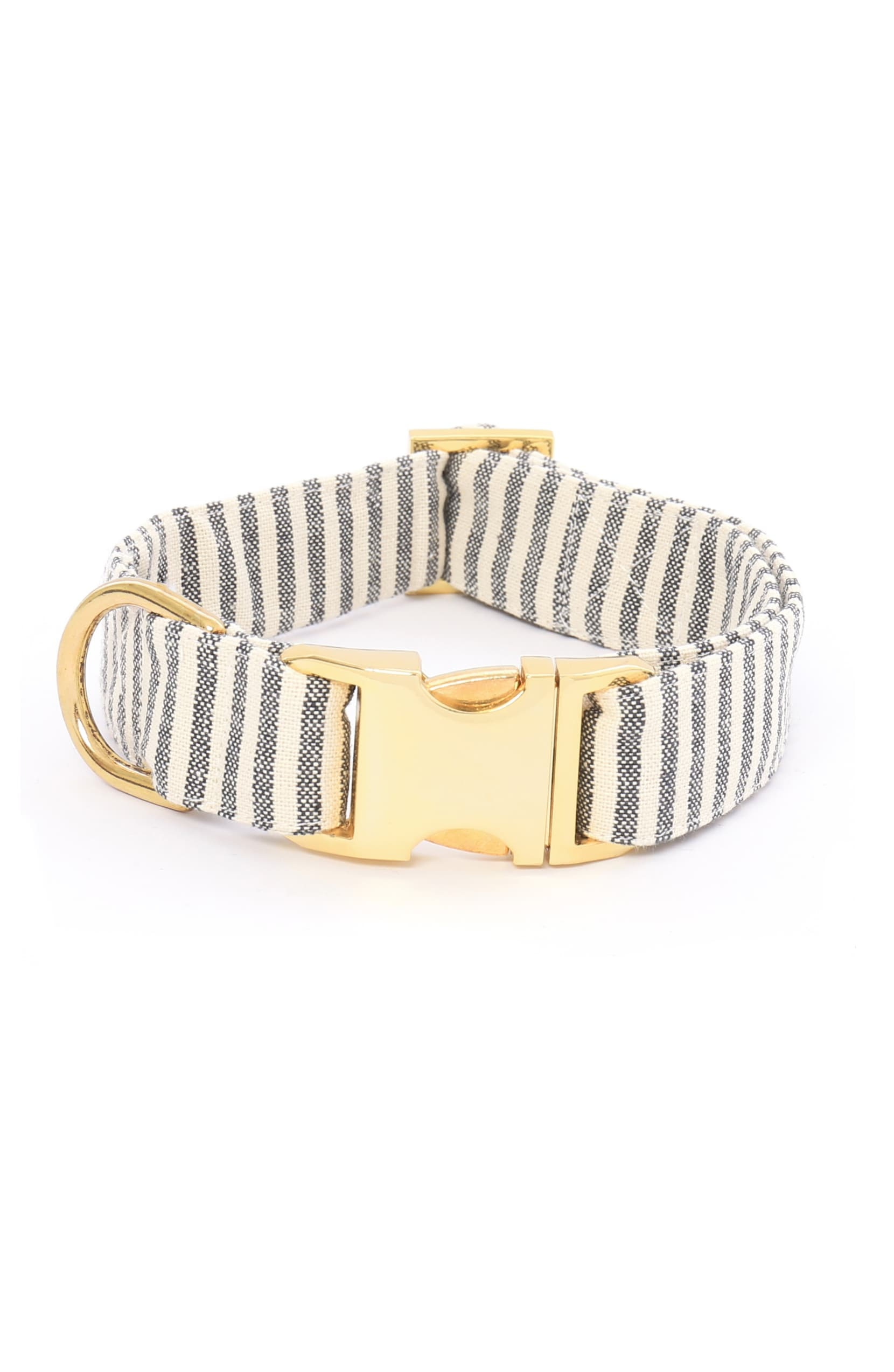 "<a  href=""https://shop.nordstrom.com/s/the-foggy-dog-charcoal-stripe-dog-collar/5380052?origin=keywordsearch-personalizedsort&breadcrumb=Home%2FAll%20Results&color=charcoal%2F%20gold"" target=""_blank"" title=""https://shop.nordstrom.com/s/the-foggy-dog-charcoal-stripe-dog-collar/5380052?origin=keywordsearch-personalizedsort&breadcrumb=Home%2FAll%20Results&color=charcoal%2F%20gold"">Charcoal Stripe Dog Collar by THE FOGGY DOG ($32.00)</a>{&nbsp;}Cut from durable striped cotton, with shining gold tone hardware and a rugged nylon core, this handmade dog collar is built to look great and last a long time. (Image: Nordstrom)"