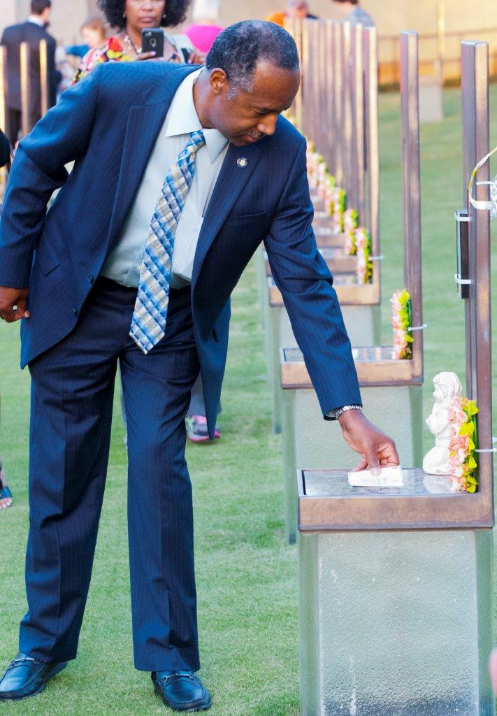 HUD Secretary Ben Carson visits the Oklahoma City National Memorial on Apr. 18, 2017 (Oklahoma City National Memorial)