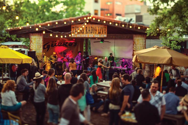 Dancing to live music at Gueros on South Congress Avenue. (Image: Andy Mahr Courtesy of Austin Convention & Visitors Bureau)