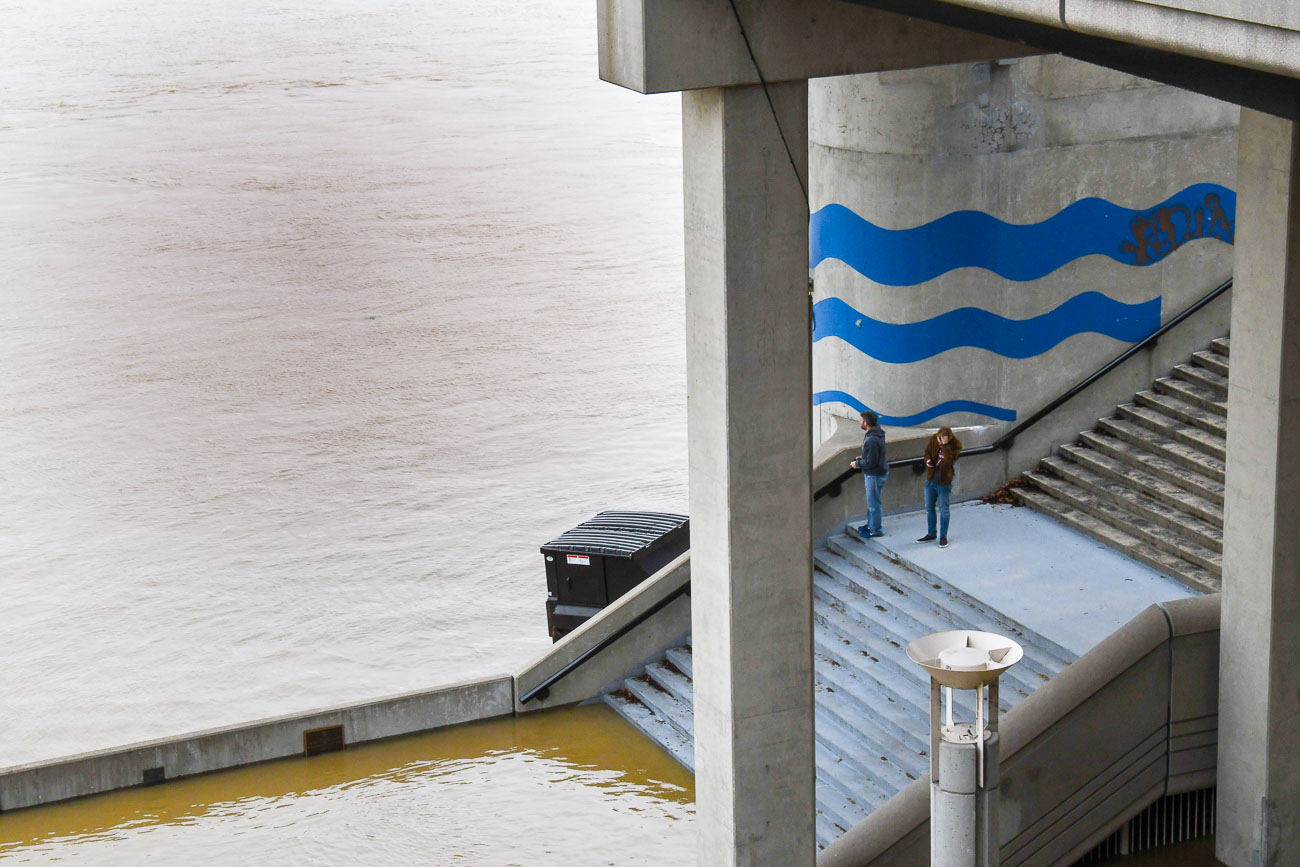 On Sunday, February 25, the Ohio River Flood of 2018 crested just above 60 feet, which is eight feet above the 52-foot flood stage. This is the biggest flood the city has seen since 1997. Smale Park is mostly underwater as are Sawyer Point and Yeatman's Cove. / Image: Sean McGill // Published: 2.26.18<p></p>
