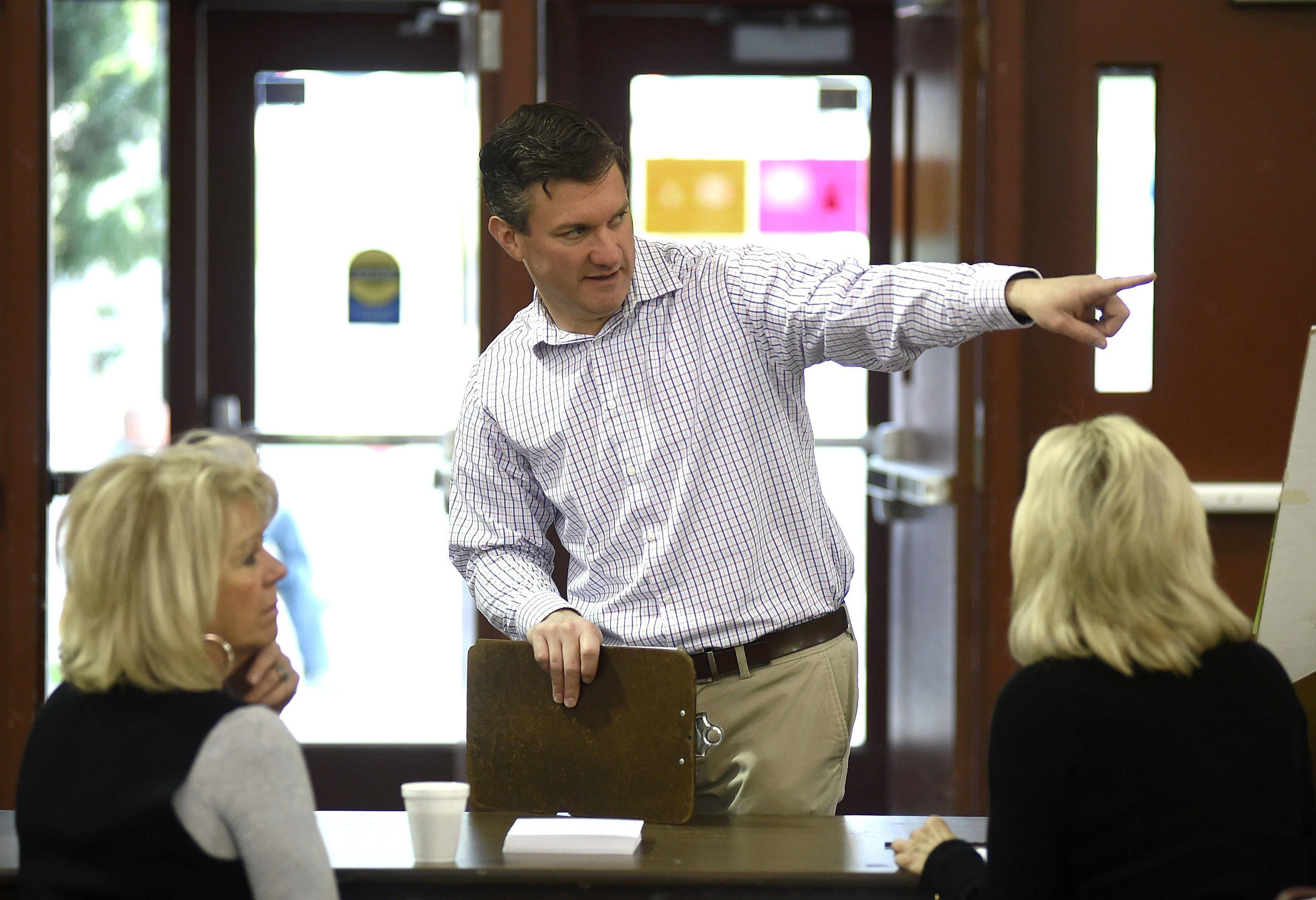 Yellowstone County Election Administrator Bret Rutherford briefs election staff at MetraPark Thursday, May 25, 2017, in Billings, Mont. (Larry Mayer /The Billings Gazette via AP)